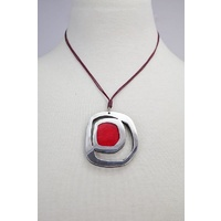 Sabelle Pendant - Riverstone Rings Red
