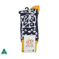 Warlukurlangu Aboriginal Art Men's  Cotton Socks - Yuendamu Door 15